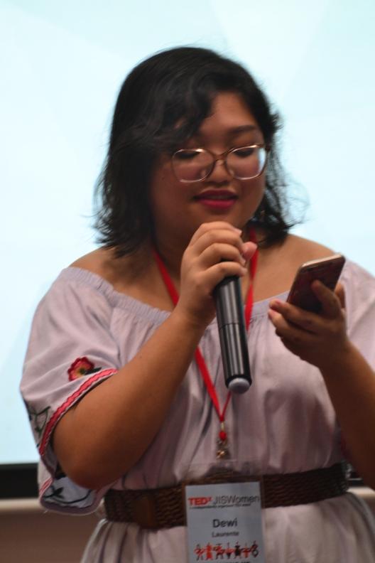 Dewi returned to perform her original poems